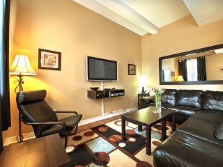 Junior Presidential Condo - Niagara Falls vacation rentals