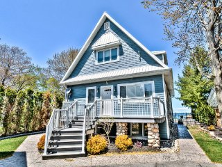 Niagara Beachfront Luxury Estate Save $100 Book NOW - Niagara-on-the-Lake vacation rentals
