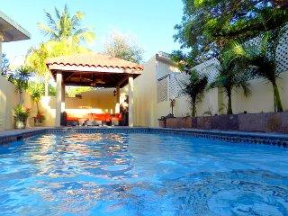 Cas Hòfi di Paraiso (Paradise Garden) Koyari 3 bed 2 bath with 4 bedroom Option - Noord vacation rentals