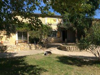 Vacances de rêve en Drôme provençale - Saint-Gervais-sur-Roubion vacation rentals