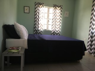 Lovely 2 bedroom Apartment in Arima - Arima vacation rentals