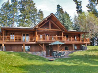 Stunning Log Cabin on Flathead River, 8 acres, sauna, hot tub, newly remodeled - West Glacier vacation rentals