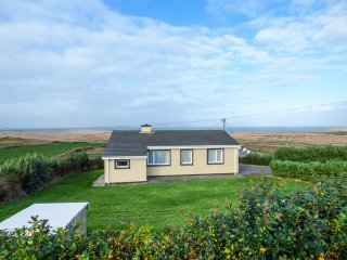 ST BRENDAN'S, detached bungalow, superb views, isolated, nr Portmagee, Ref - Portmagee vacation rentals
