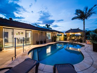 Perfect Broadbeach vacation House with Deck - Broadbeach vacation rentals