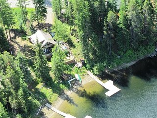Uncle Tom's Cabin / WATERFRONT - Moyie vacation rentals