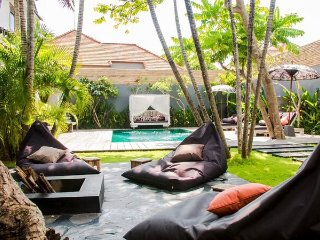 Villa Monkey, 3 bedroom villa in Seminyak - Seminyak vacation rentals