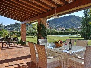 Convenient 4 bedroom Villa in Colle di Compito - Colle di Compito vacation rentals