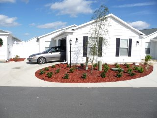 LOCATION, conveniently located between Lake Sumter Landing and Brownwood Paddock - Fruitland Park vacation rentals