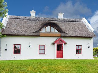 Loughanure, The Rosses, County Donegal - 11063 - Loughanure vacation rentals