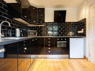 Veeve - Fantastic Fortis Green - London vacation rentals