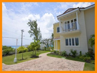 Bright 3 bedroom Atlantic Shores House with Internet Access - Atlantic Shores vacation rentals