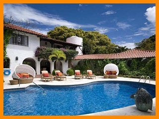 Luxury 8 Bed Home with Private Pool - Full Staff - Sunset Crest vacation rentals