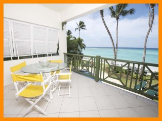 Luxury 2 Bed Beachfront Apartment with Pool - Worthing vacation rentals
