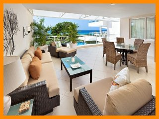Stunning 2 Bed Apartment with Ocean Views - Hastings vacation rentals
