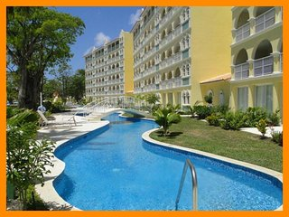 Fantastic 2 Bed Apartment near Beach with Pool - Dover vacation rentals