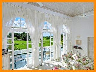 Amazing 2 Bed Villa with Panoramic Ocean Views - Westmoreland vacation rentals