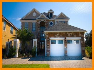 A beautiful 5 bedroom 4.5 bathroom home located in Reunion Resort Florida - Reunion vacation rentals