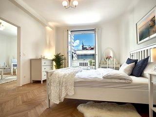 "City Center Operastreet Premium Apartment ""Algarve"" - Vienna vacation rentals"