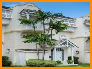 Stunning 3 Bed Townhouse with Private Pool - Paynes Bay vacation rentals