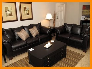 Oakwater Resort - Close to theme parks - Celebration vacation rentals
