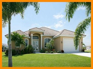 Elegant 3 bedroom Cape Coral vacation home- Pet friendly- Stunning large pool- Amazing kitchen - Matlacha vacation rentals