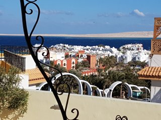 private roof terrace sea view pool 200m to the red sea 1km downtown free WiFi - Hurghada vacation rentals