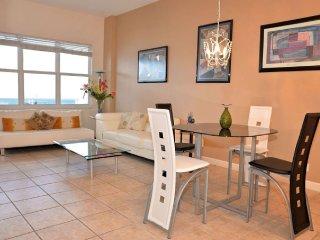 Oceanfront Condo Hollywood Florida - Hallandale vacation rentals