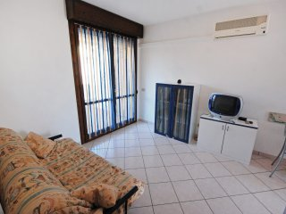 Lovely Condo with A/C and Shared Outdoor Pool in Rosolina - Rosolina vacation rentals