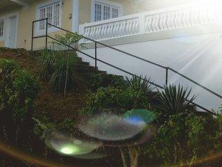 Beautiful Port Antonio vacation House with Balcony - Port Antonio vacation rentals