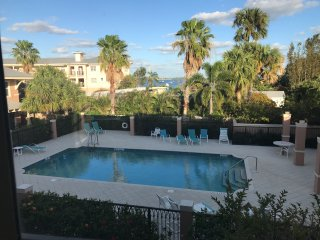 KeyWest style Jensen Beach 3b/3b 3 min away from the beach - Jensen Beach vacation rentals