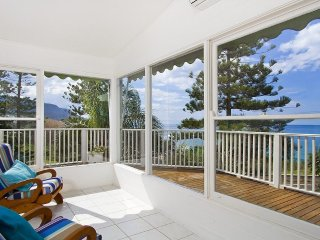 Beach House on the Headland - Coledale vacation rentals
