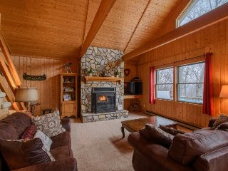 3BR, Long Range Views, Hot Tub, Open Floor Plan, Central Location, Close to - Seven Devils vacation rentals