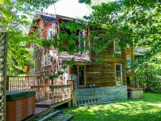 Massive ski chalet with private hot tubs and sauna perfect for mountain getaway! - Dover vacation rentals