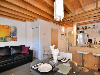 Downtown Victoria 1 Bedroom Condo in the Heart of the Historic District - Victoria vacation rentals