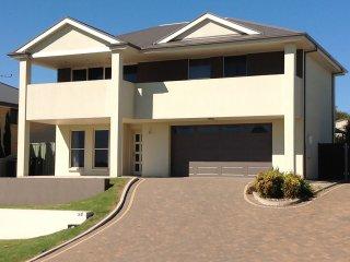 4 bedroom House with Deck in Murray Bridge - Murray Bridge vacation rentals