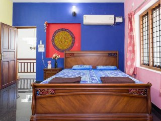 LUXURIOUS HOMESTAY close to AIRPORT & CHERAI BEACH !!! - Aluva vacation rentals