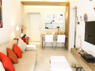 Bright 1 Bedroom Apartment Nestled in Itaim Bibi - Sao Paulo vacation rentals