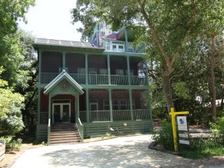 Lovely 5 bedroom Seagrove Beach House with Internet Access - Seagrove Beach vacation rentals
