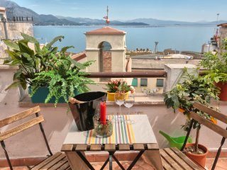 Nice 2 bedroom House in Gaeta - Gaeta vacation rentals