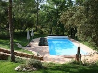 New Provençal Gîte , private pool, stunning setting, 2 Beds, 2 Baths, Sleeps 4 - Correns vacation rentals