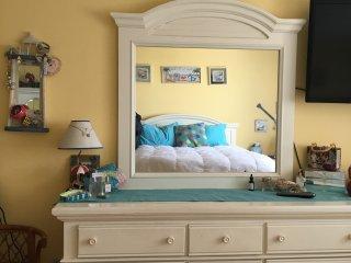 1 bedroom Condo with Internet Access in Sea Bright - Sea Bright vacation rentals