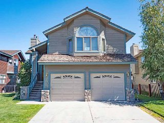 Perfect House with Deck and Television - South Lake Tahoe vacation rentals