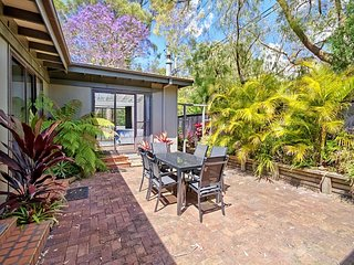 Surprisingly Spacious Holiday Cottage - Pearl Beach vacation rentals