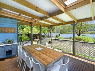 Beautiful 4 bedroom House in Patonga - Patonga vacation rentals