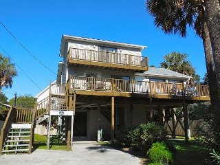 Compass Rose II - Enjoy Ocean Breezes and Views from Deck - Folly Beach vacation rentals