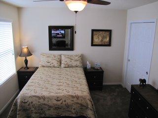 Steven's Lair B&B, The Woodlands, Jaguar Guestroom - Shenandoah vacation rentals