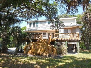 Tree House - Nicely Furnished Home Across from Beach - Folly Beach vacation rentals