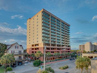 2nd row pricing with wonderful ocean view, Luxury 3 br / 3 ba. Flat screen TV - North Myrtle Beach vacation rentals