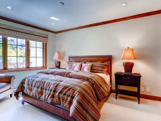 2 bedroom Condo with Elevator Access in Beaver Creek - Beaver Creek vacation rentals