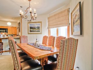 4 bedroom Apartment with A/C in Beaver Creek - Beaver Creek vacation rentals